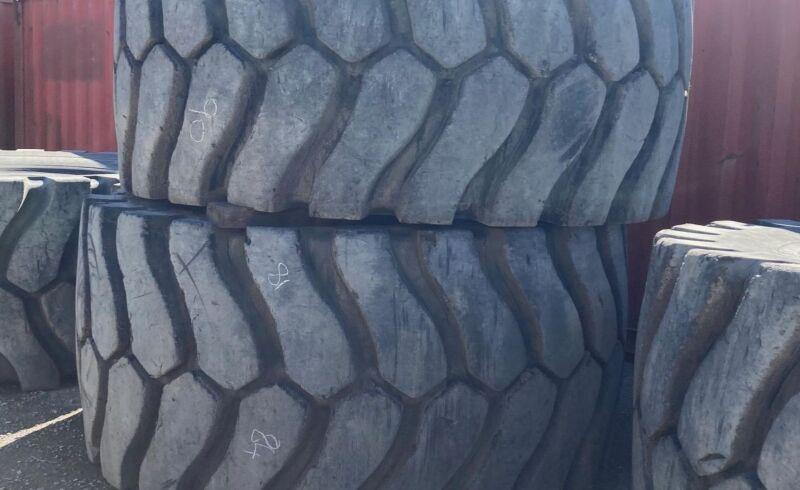 IMAGE_OTR_45/65R45_Michelin_Tyres